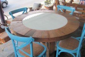 Mesa com 4 cadeiras R$5280,00